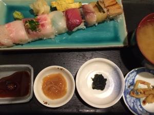 昼食1 今日は寿司が食べたくて